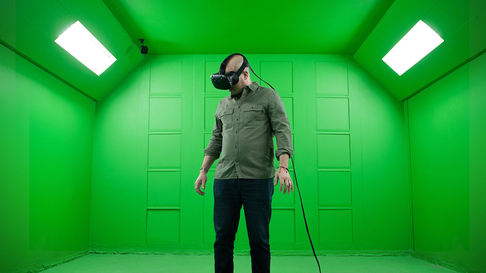 Everyone's Crazy About Virtual Reality: Here's How HR Can Jump in
